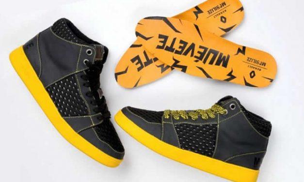 Zapatos muévete by Renault hechos con materiales reciclados