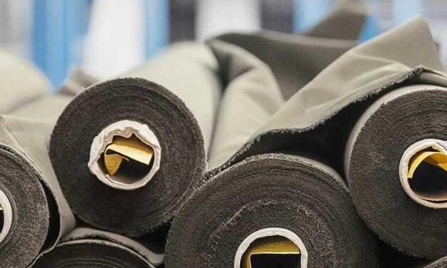 ReBurberry Fabric dona materiales a estudiantes de diseño