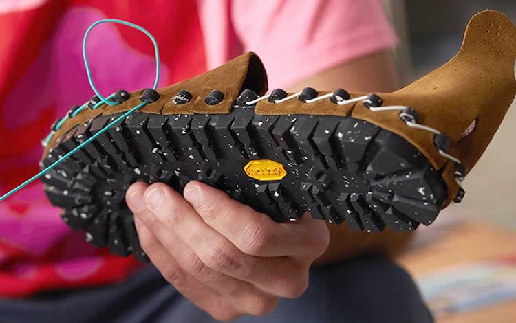 Vibram Componentes, compra los materiales y haces los zapatos.